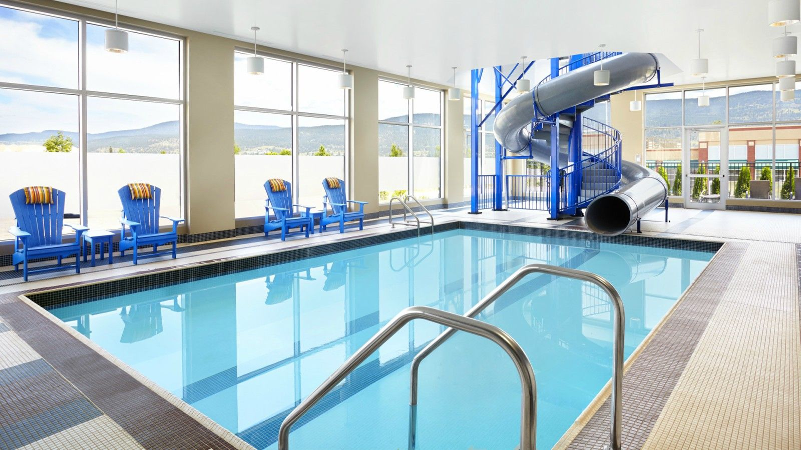 Four Points by Sheraton Kelowna Airport - Pool